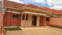 Strand alony house for rent three bedroom two bathroom kira