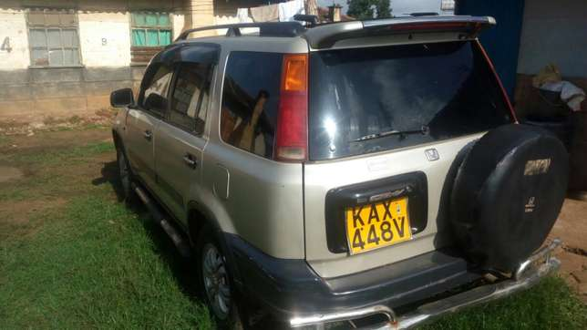 Quick sale of a CRV Mathare - image 4