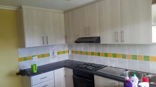 Hi I am renting out my beutiful granny flat to you. Kraaifontein - image 7