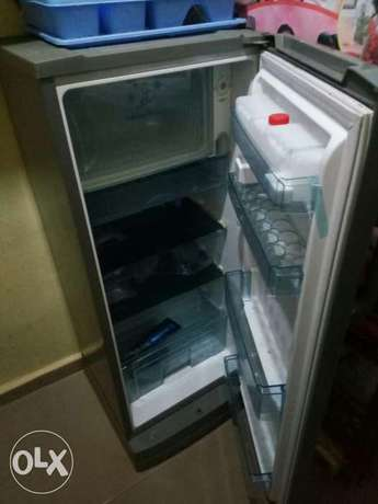clean thermofrost fridge with water dispenser and big frizzer Enugu South - image 1