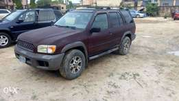 Registered Nissan pathfinder available for sell