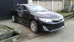 Toks 2012 Toyota Camry LE