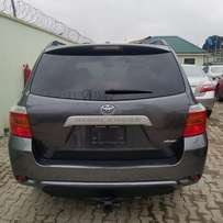 Tincan Cleared 2010 Toyota Highlander (gray)