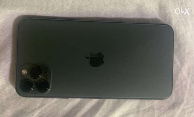 iPhone 11 Pro Max 64 green Great condition
