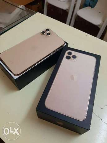 iPhone 11 Pro Max 256gb battery health 90% only Face ID not working