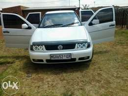 Polo Classic Sport 1.6 for sale 22000