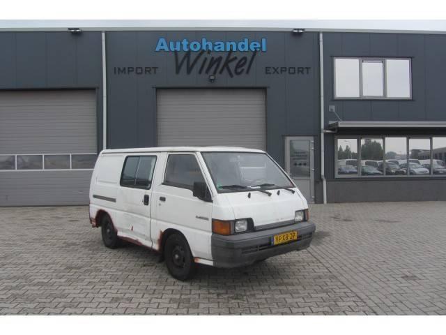 Mitsubishi L300 2.0 PANEL VAN BENZINE - 1995