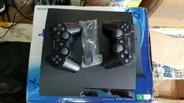 PS3 silm 2 original pads and games of your choice