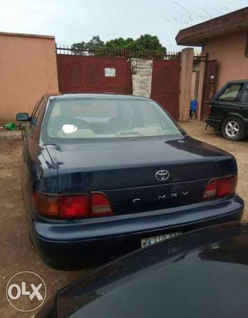 ADORABLE MOTORS: A clean, well used 1996 Toyota Camry Lagos Mainland - image 5