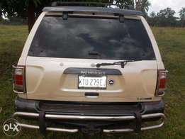 3.7 Engine Clean Nissan Pathfinder for sale at 900,000