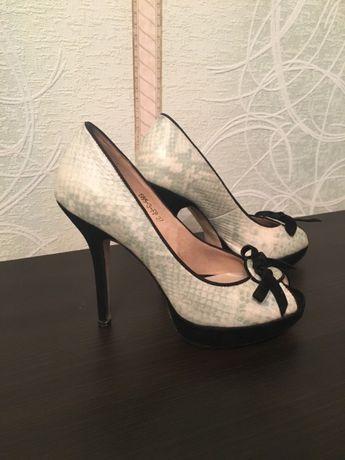 Шикарные туфли  450 грн. - Жіноче взуття Полтава на Olx 4fdc125ad6371
