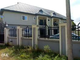 3 bedroom flat for rent by gwabadia off country home rd off sapele rd