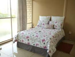 1 Big Main Bedroom with Bathroom/Toilet for Rent R2, 000 in Sunnyside