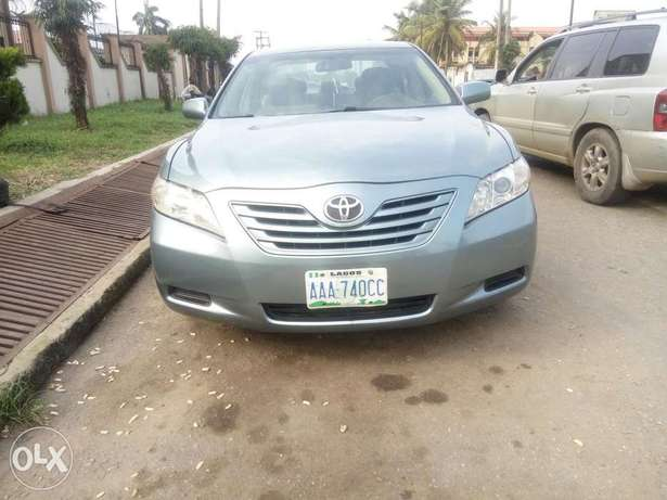 Toyota Camry locally used 2008model for sale Ikeja - image 5