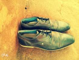 hand crafted bull boxer mens leather shoes size 12, 1400ksh
