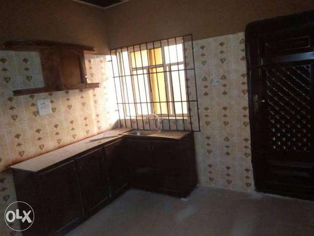A New House Of Three Bedroom Flat At Akilapa Estate,Ibadan. Ibadan South West - image 5