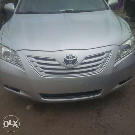 Super clean Toyota Camry 2010 model forsale Surulere - image 1