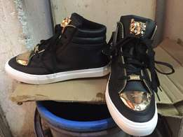 Simple versace shoes