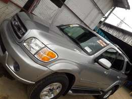 2003 Tokunbo Toyota Sequoia Limited 4WD Full Options SUV