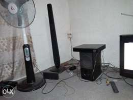 LG wireless home theatre, with for long speakers .