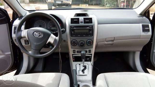 Buy and Drive Toyota Corolla LE 2012 Model With Auto Fabric Cold AC. Lekki - image 3