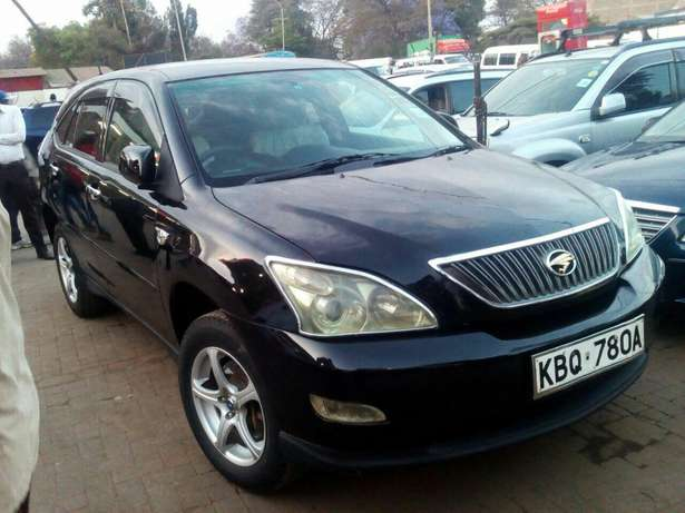 Well maintained Toyota Harrier clean just buy and drive Nairobi CBD - image 3
