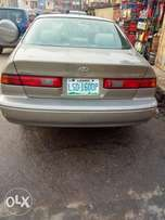 Excellent first body 1999 Toyota Camry (a.k.a tiny-light) Xmas sales