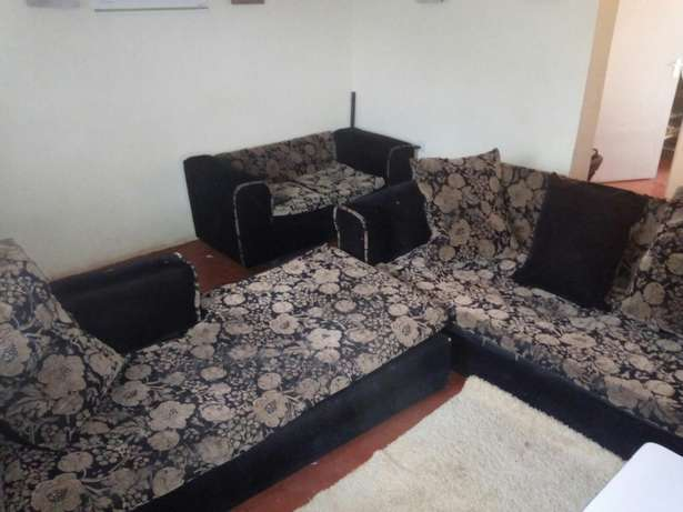 Clean, comfortable, spacious seat for sale seeking to upgrade! Kiambu Town - image 2