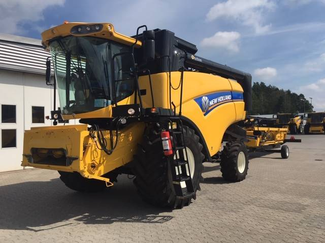 New Holland Cx 5080 - 2012