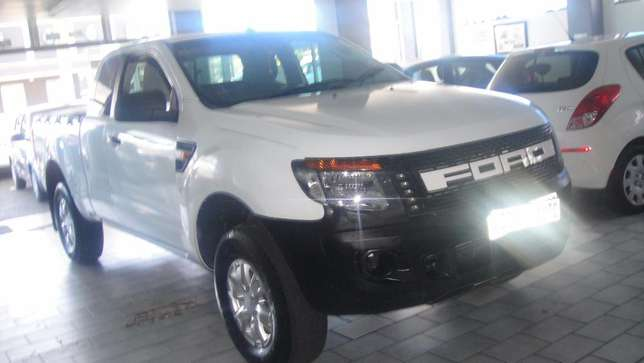 Pre owned 2012 Ford Ranger 2.2 double cab hi rider Bruma - image 2