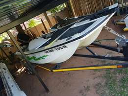 boat and trailer, 50 hp engen, trolip motor aswell