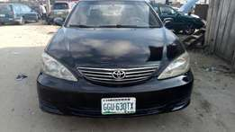 Clean Toyota Camry 2.4 with sound engine and gear