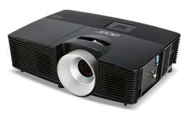 5 months old Acer projector up for grabs