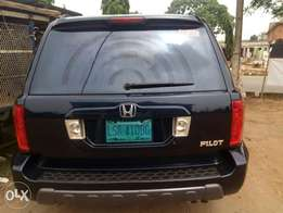 Very clean First body sharp Honda pilot 2004 model for sale