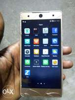 Camon C7 with 2gb ram for sale. It's cracked but working perfectly
