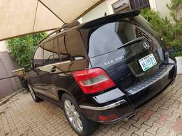Like New Spotless 2010 Mercedes Benz GLK 350 for urgent sale