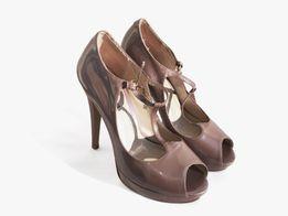 Перламутровые темно-бежевые босоножки на высоком каблуке Avante Moda 5cdf3830fb437