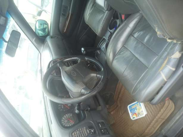 Very neat and first body infiniti jeep for sale with good engine Osogbo - image 4