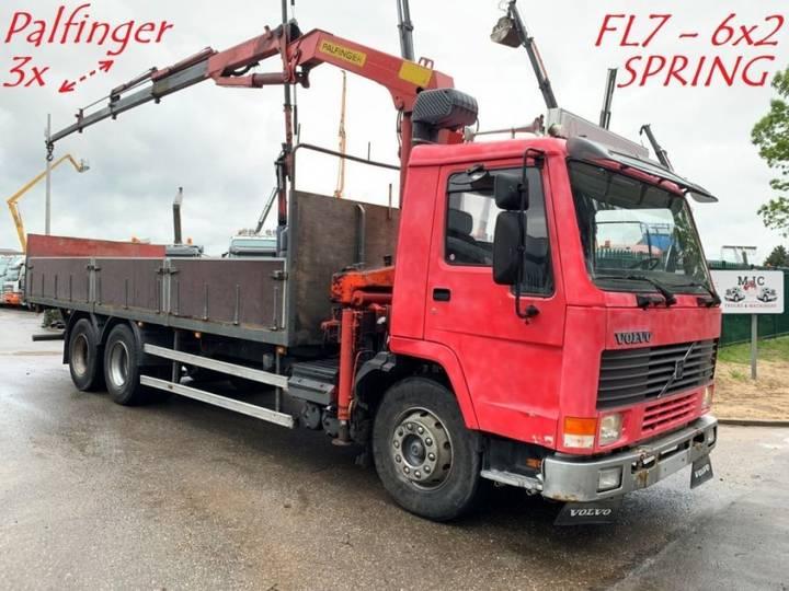 Volvo FL7 - 6x2 - PLATFORM + PALFINGER CRANE 3x HYDR EXT - STEEL - 1990