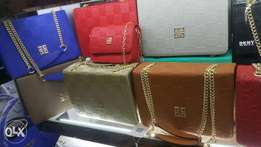 Quality and affordable women's handbag