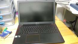 Asus FX550V Gaming Laptop