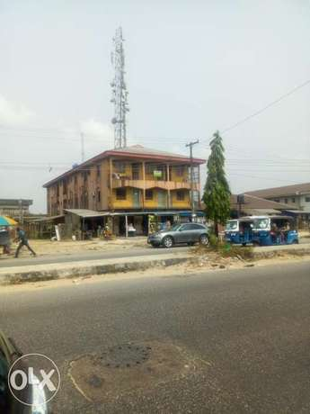 2 storey building for sale Uvwie - image 3