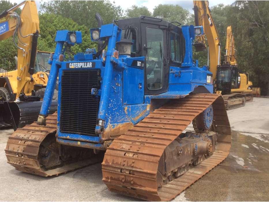 Caterpillar D6T - 2011