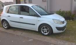Renault scenic 1.6 2005 model accident free R28,000