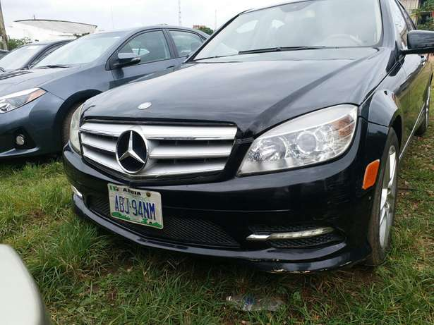 2010 Mercedes Benz C300 4matic Garki 1 - image 1