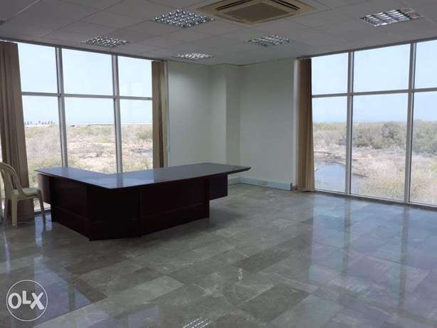 Office For rent in Al Qurum