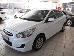 2015 Hyundai Accent 1.6 Motion Manual