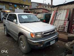 Very very clear Toyota 4Runner 1st body