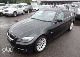 Bmw 320i excellent condition black colour beige leather interior