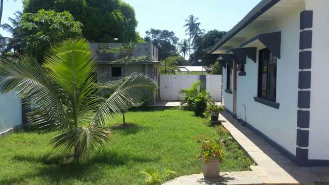 Excellent 3 bedroom bungalow for sale Mtwapa - image 3